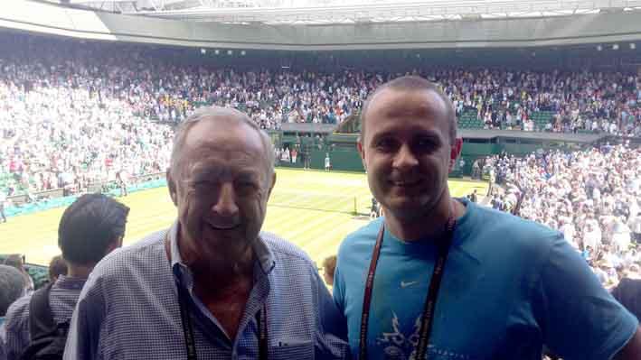 Na tegorocznym Wimbledonie, z Jacquesem Hermenjatem, przez 40 lat dyrektorem turnieju w Gstaad